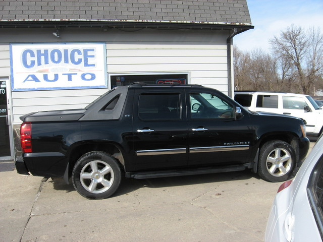 2008 chevrolet avalanche ltz stock 160152 carroll. Black Bedroom Furniture Sets. Home Design Ideas