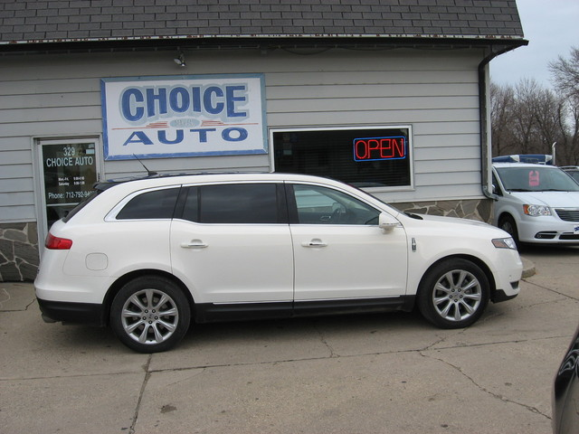 2013 Lincoln MKT  - Choice Auto
