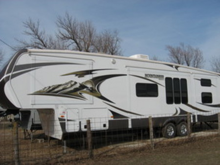 2014 Other Other 38' Keystone Montana Mountaineer Series M-345 DBQ for Sale  - 160146  - Choice Auto