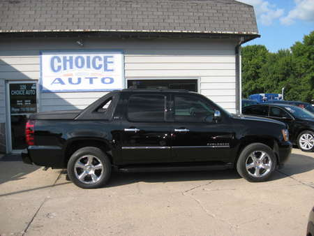 2011 Chevrolet Avalanche LTZ for Sale  - 160284  - Choice Auto