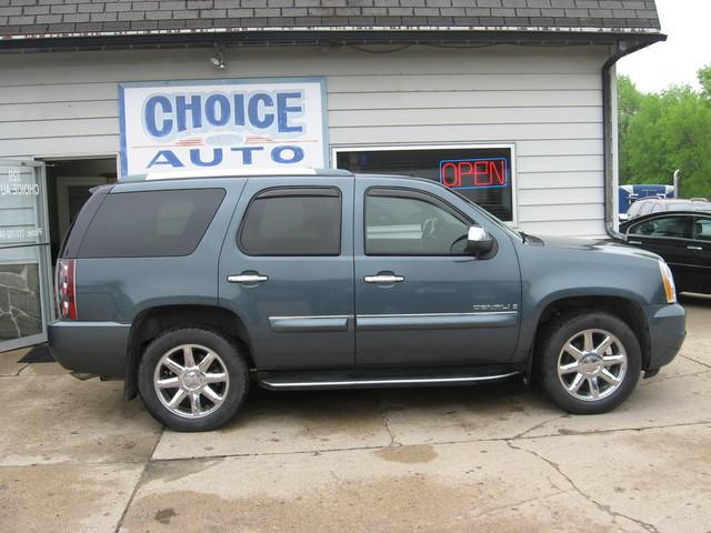 2007 GMC Yukon Denali  - Choice Auto