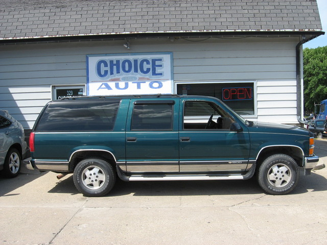 1995 Chevrolet Suburban  - Choice Auto