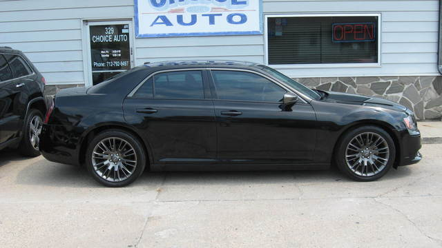 2014 Chrysler 300  - Choice Auto