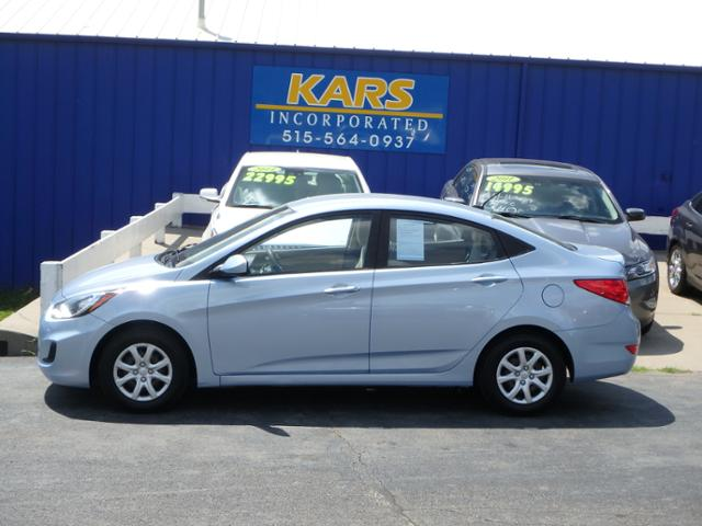 2013 Hyundai Accent  - Kars Incorporated