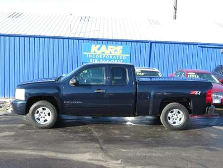 2008 Chevrolet Silverado 1500 LT w/1LT for Sale  - 813717P  - Kars Incorporated