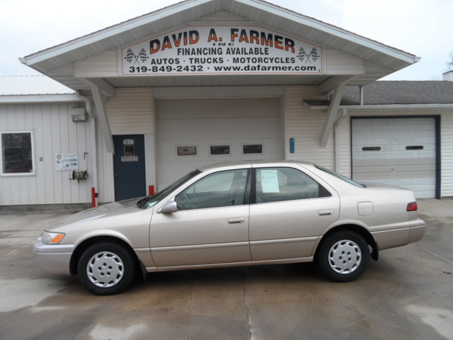 1998 Toyota Camry Le 4 Door Stock 4146 Center Point