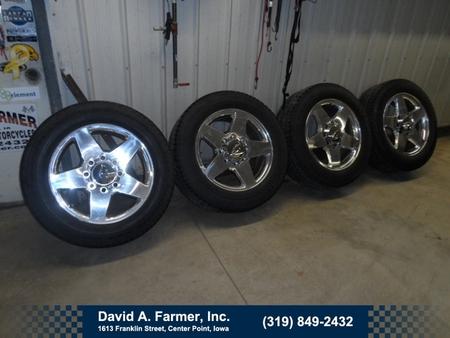 2011 Chevrolet Silverado 2500 20 Inch Chevy Wheels and Tires!!! for Sale  - 1111  - David A. Farmer, Inc.