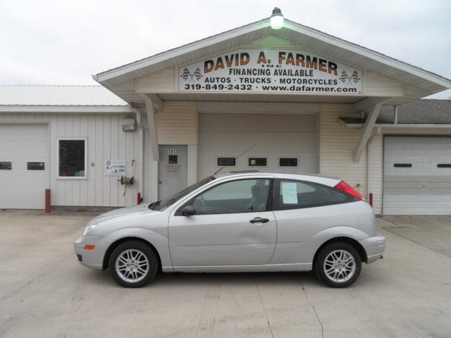 2007 Ford Focus SE ZX3 2 Door Hatchback