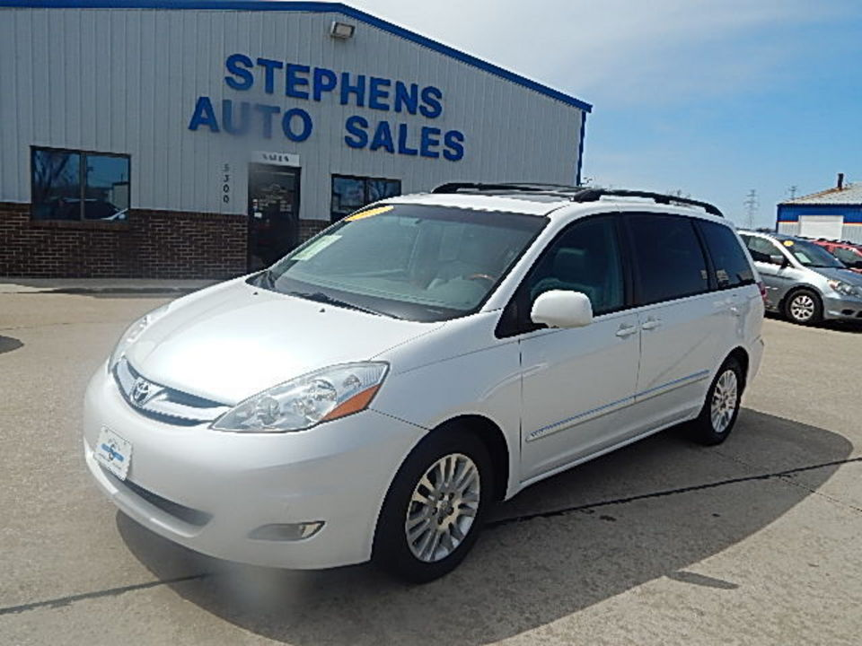 2007 Toyota Sienna  - Stephens Automotive Sales