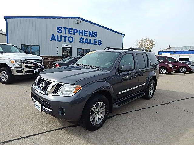 2011 Nissan Pathfinder  - Stephens Automotive Sales