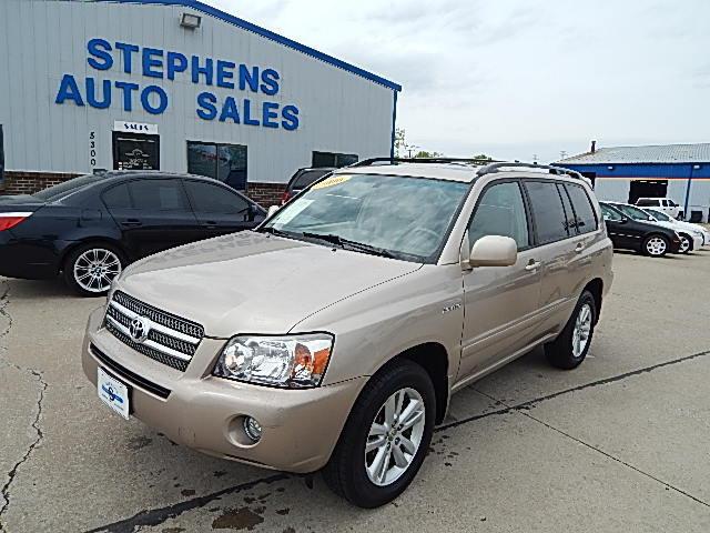2006 Toyota Highlander Hybrid  - Stephens Automotive Sales