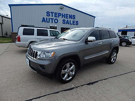 2012 Jeep Grand Cherokee Limited for Sale  - 8  - Stephens Automotive Sales