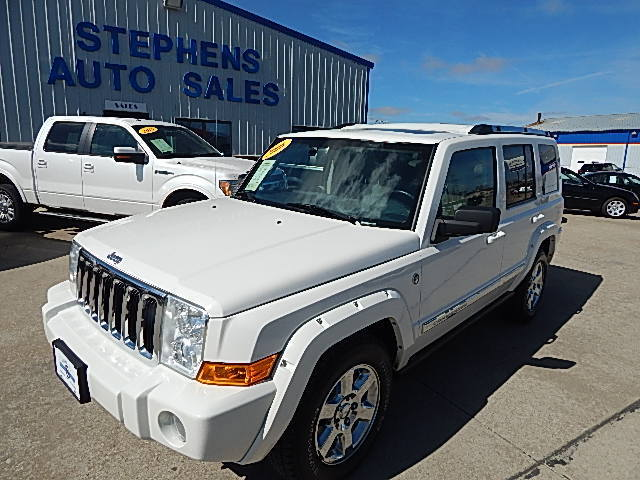 2006 Jeep Commander  - Stephens Automotive Sales
