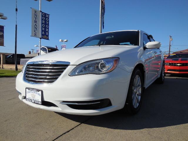 2014 Chrysler 200  - Corona Motors