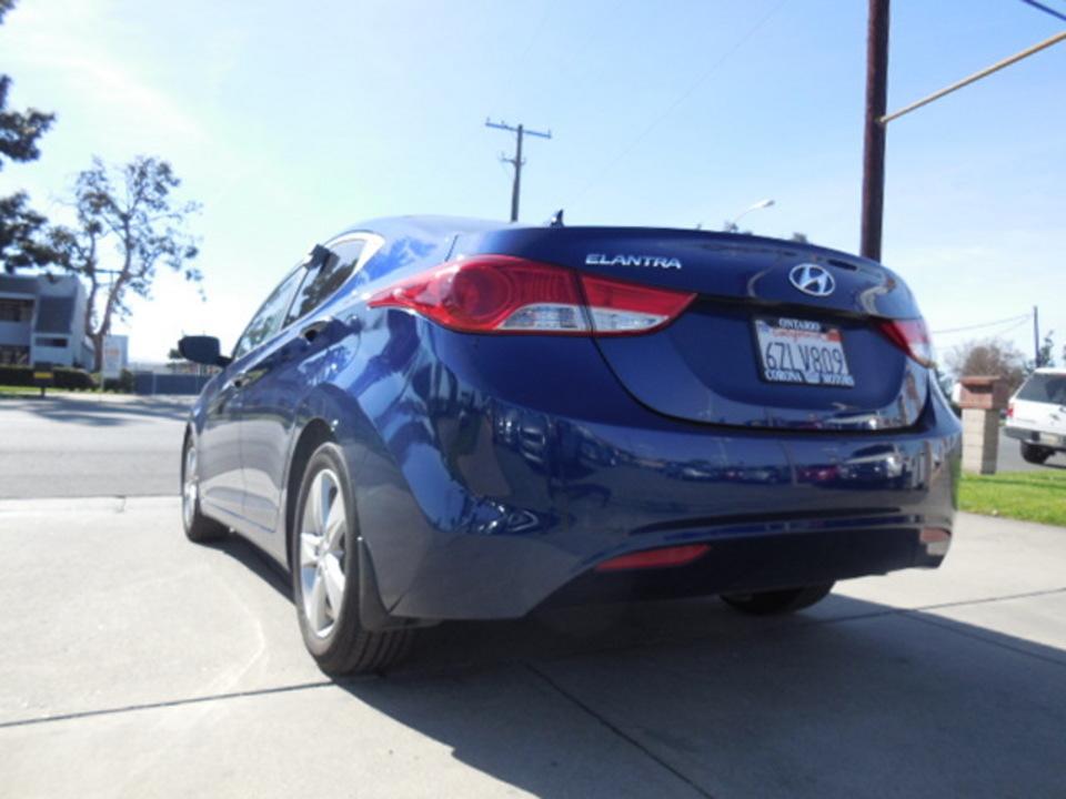 2013 Hyundai Elantra  - Corona Motors