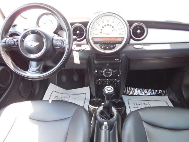 2011 Mini Cooper Hardtop  - Corona Motors