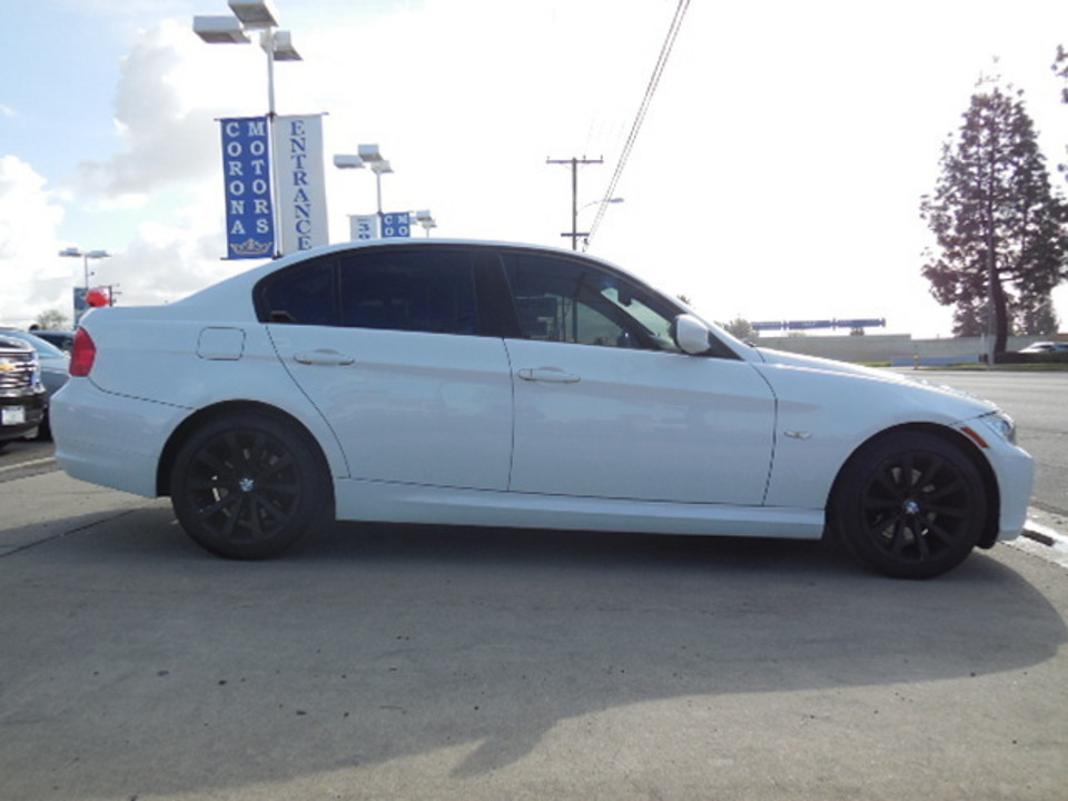 2011 BMW 3 Series  - Corona Motors
