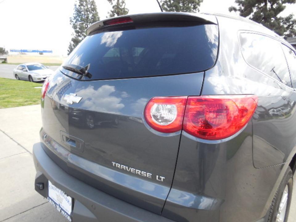 2011 Chevrolet Traverse  - Corona Motors