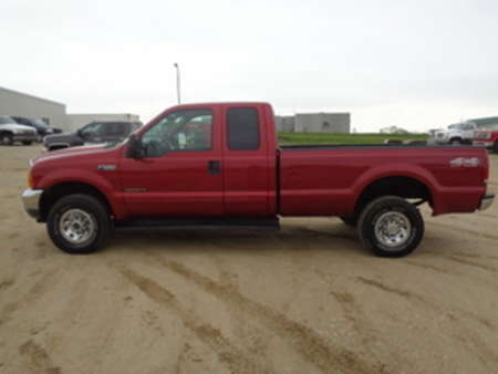 2001 Ford F-250 XLT for Sale  - 126  - West Side Auto Sales