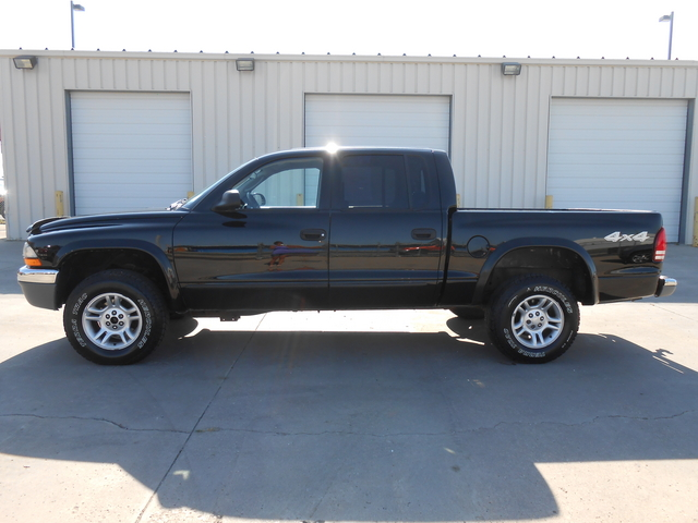 2004 Dodge Dakota  - Auto Drive Inc.