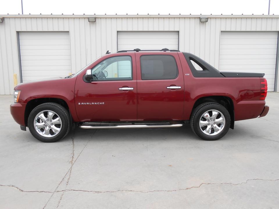 2008 Chevrolet Avalanche  - Auto Drive Inc.