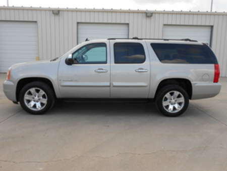 2008 GMC Yukon SLT. Third Row Seating. Family ready. for Sale  - 4599  - Auto Drive Inc.