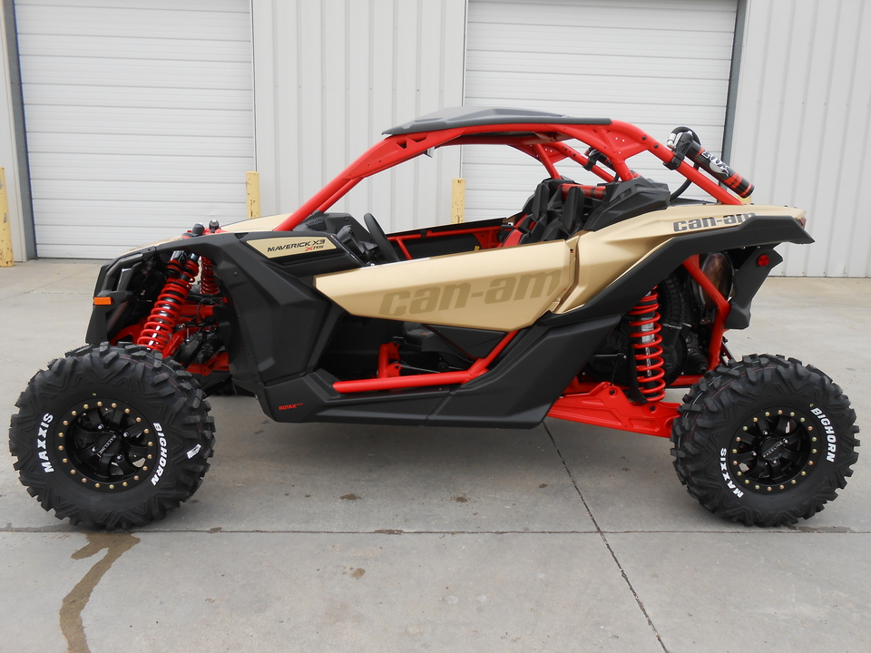 2018 Can-Am Maverick  - Auto Drive Inc.