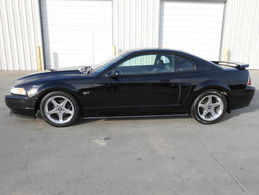 2003 Ford Mustang GT Loca