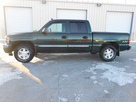 2006 GMC Sierra 1500 GMC/Chevy 1500. Cloth. 5.3 Gas Motor. 4 door. for Sale  - 4728  - Auto Drive Inc.