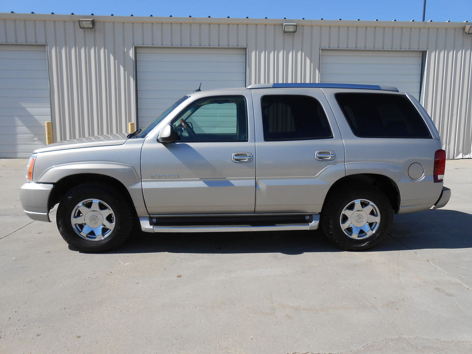 2005 Cadillac Escalade  - Auto Drive Inc.