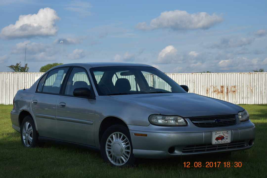 2001 Chevrolet Malibu  - Family Motors, Inc.