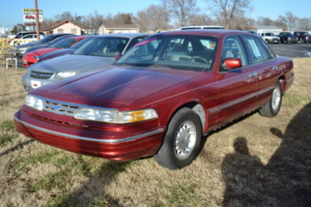 1997 Ford Crown Victoria LX for Sale  - l3833aaa  - Family Motors, Inc.
