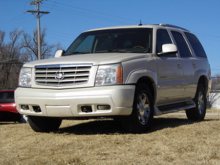 2003 Cadillac Escalade  for Sale  - 4019  - Family Motors, Inc.