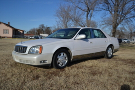2005 Cadillac DeVille  for Sale  - LLL4069  - Family Motors, Inc.