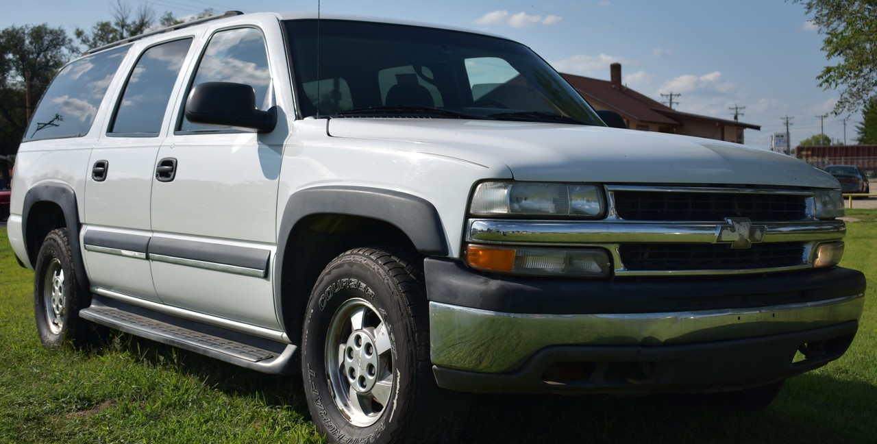 2003 Chevrolet Suburban  - Family Motors, Inc.