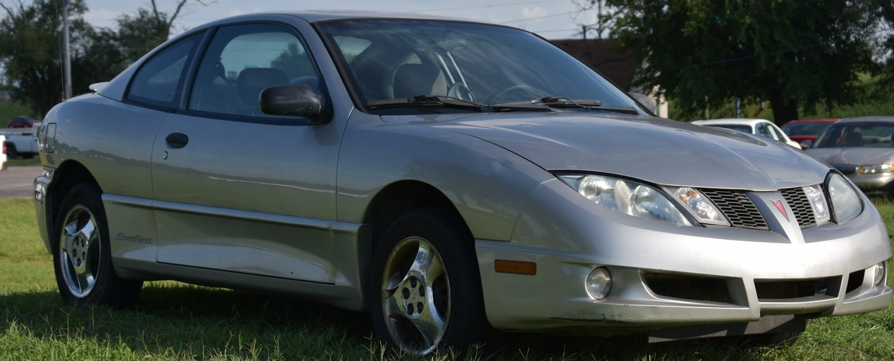 2005 Pontiac Sunfire  - Family Motors, Inc.