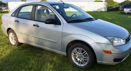 2005 Ford Focus ZX4 S for Sale  - LLLL4039  - Family Motors, Inc.