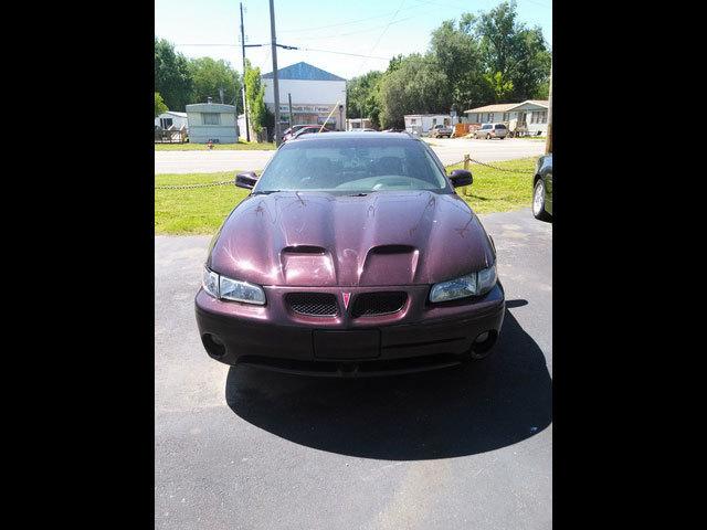 2002 Pontiac Grand Prix  - Family Motors, Inc.