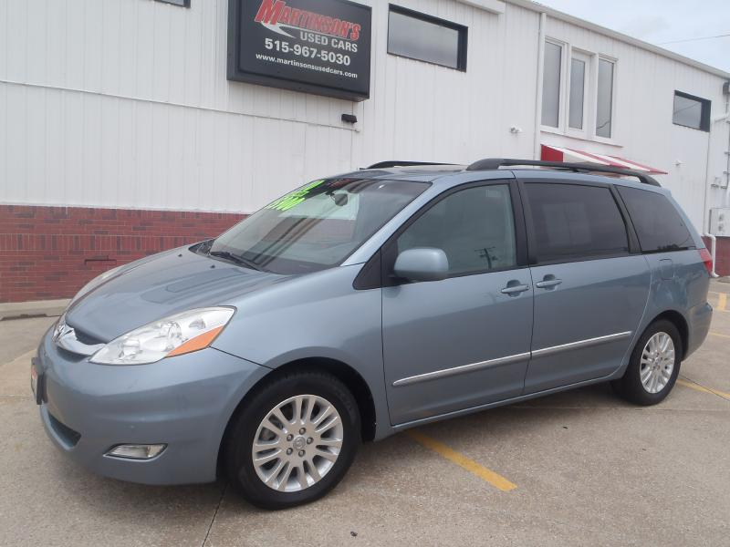 2010 Toyota Sienna  - Martinson's Used Cars, LLC