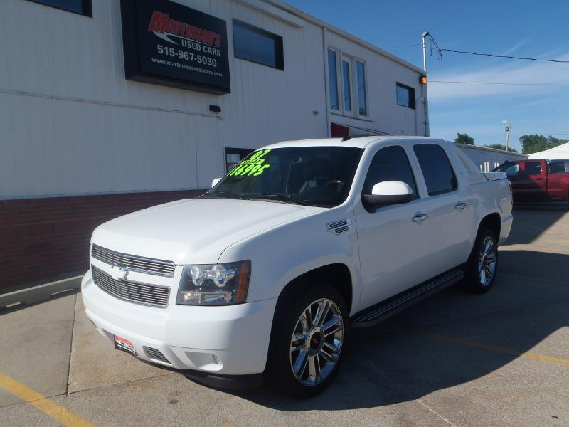 2007 Chevrolet Avalanche  - Martinson's Used Cars, LLC