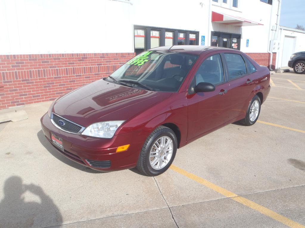 2006 Ford Focus  - Martinson's Used Cars, LLC