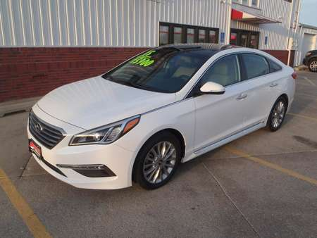 2015 Hyundai Sonata LIMITED for Sale  - 048999  - Martinson's Used Cars, LLC