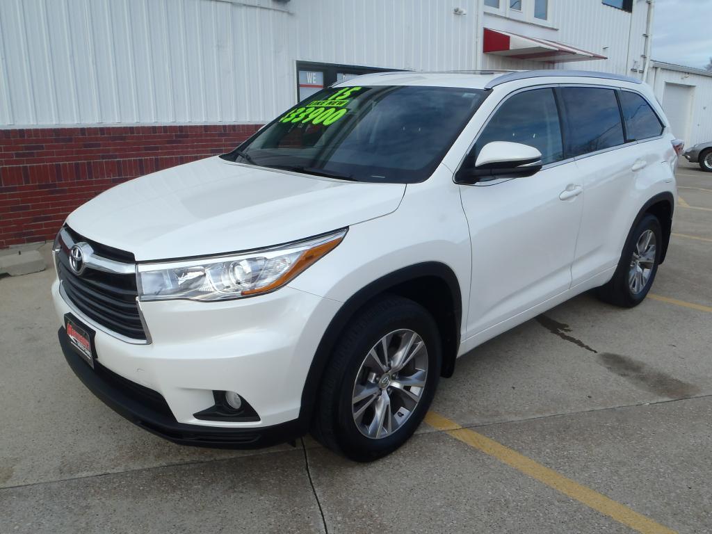 2015 Toyota Highlander  - Martinson's Used Cars, LLC