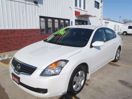 2008 Nissan Altima 2.5 for Sale  - 550229  - Martinson's Used Cars, LLC