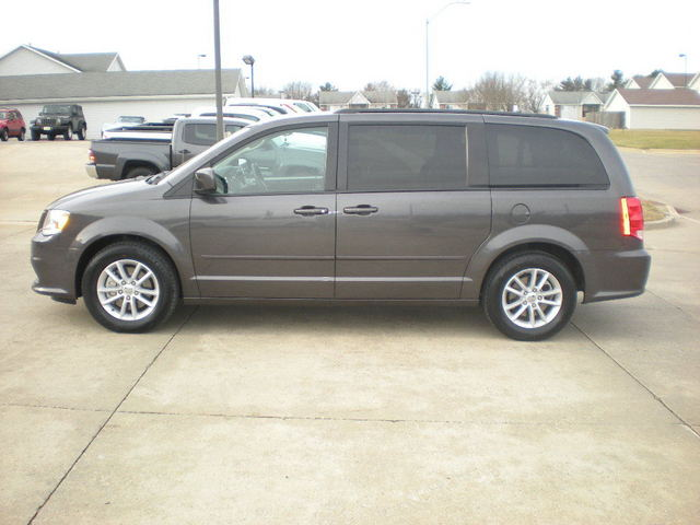 2015 dodge grand caravan sxt stock 33804 polk city ia 50226. Black Bedroom Furniture Sets. Home Design Ideas