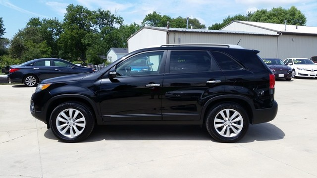 2011 kia sorento ex stock 043491 cedar falls ia 50613. Black Bedroom Furniture Sets. Home Design Ideas