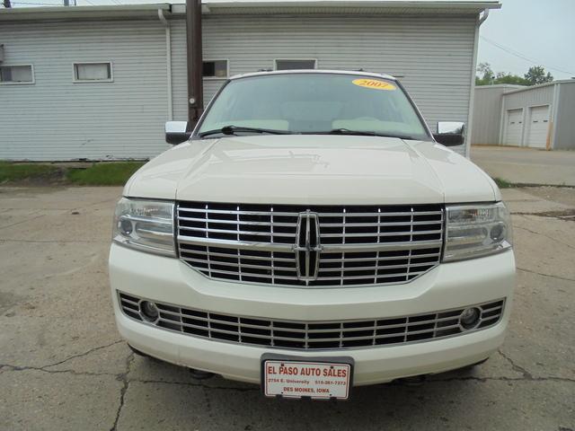 2007 Lincoln Navigator  - El Paso Auto Sales