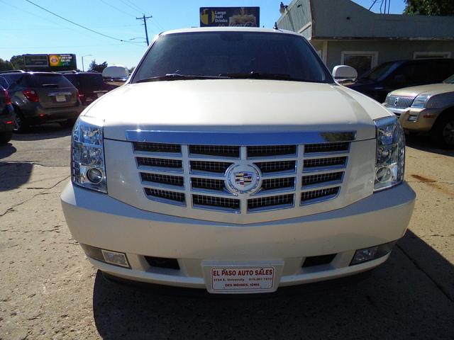 2010 Cadillac Escalade  - El Paso Auto Sales