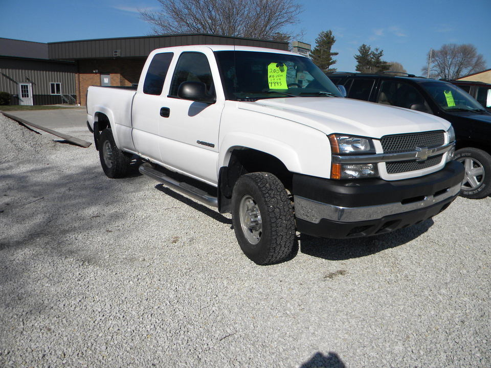 2004 Chevrolet Silverado 2500HD  - Merrills Motors