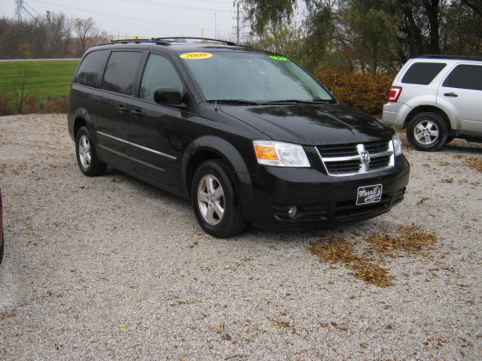 2009 dodge grand caravan sxt stock 323528 winterset. Black Bedroom Furniture Sets. Home Design Ideas